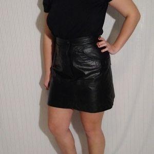 80's vintage genuine leather skirt.